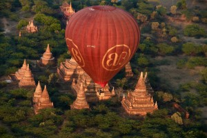 Hot air balloons Bagan